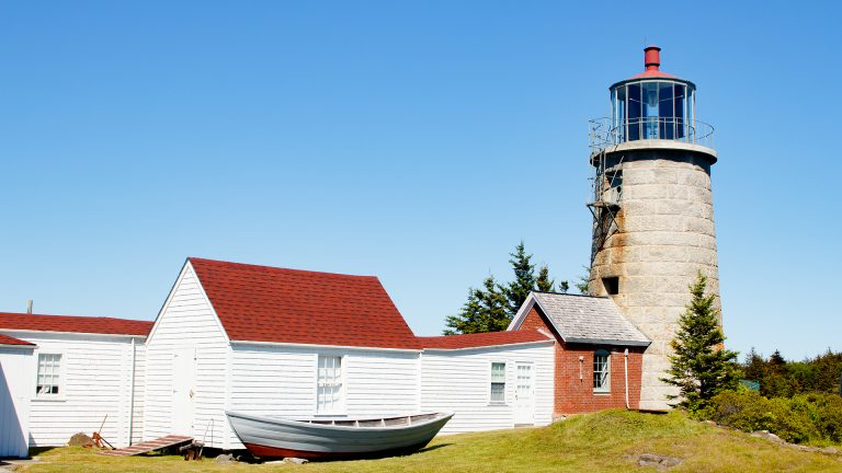 A Journey to the Monhegan Island Lighthouse